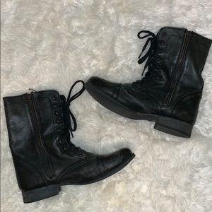 Black Steve Madden Lace-Up Boots Size 9